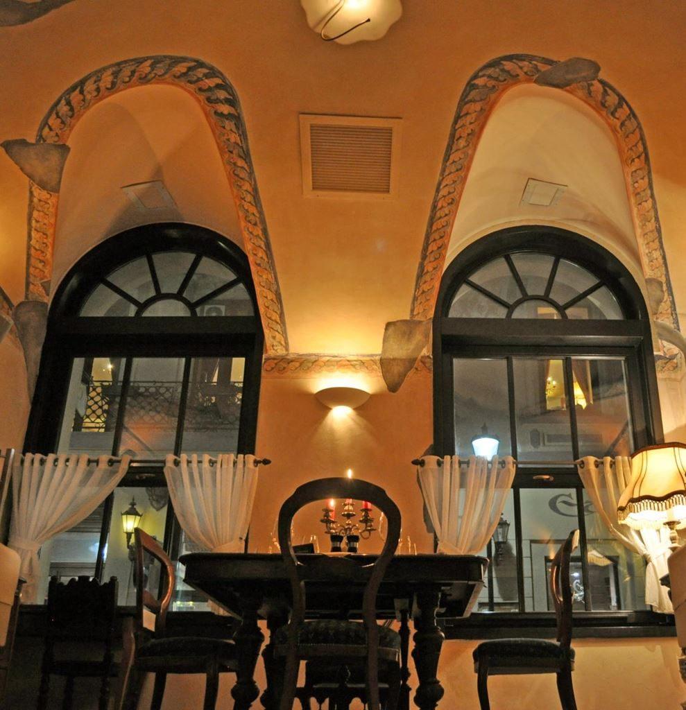 cafeneaua-veche-1